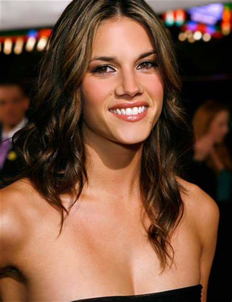 Missy Peregrym Biography and Photos   Interesting news