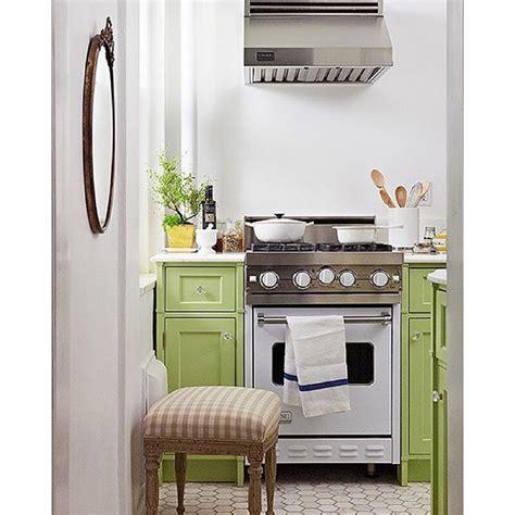 lime green kitchen cabinets best 25 mint green kitchen ideas on pinterest mint