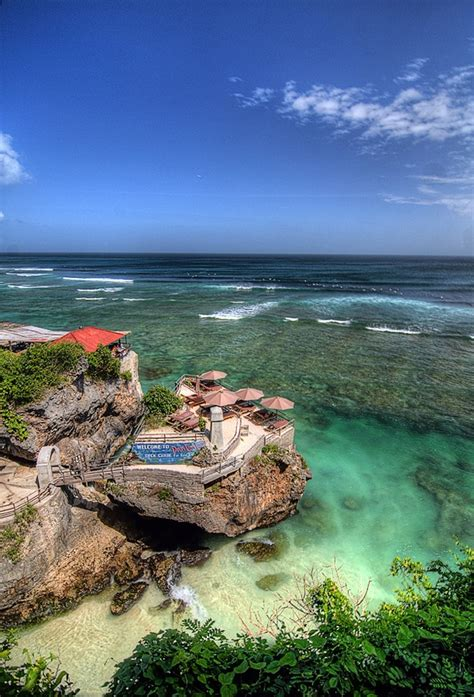 amazing  suluban beach bali indonesia
