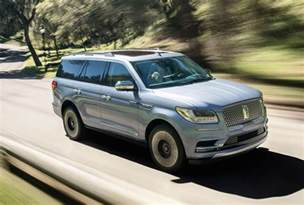 2018 lincoln navigator revealed in production form