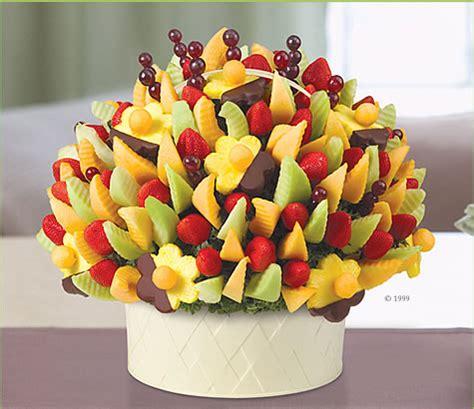 edible fruit centerpieces edible arrangements 174 fruit baskets delicious 174 with