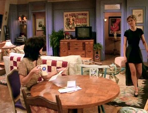 friends living room facts about tv homes things you never knew about tv shows