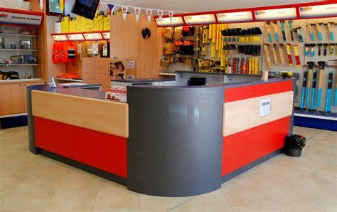 arredamento ferramenta progettazione spazi arredo negozio scaffalature ferramenta