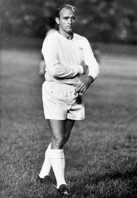 Real Madrid legend Di Stefano dead at 88 - NY Daily News