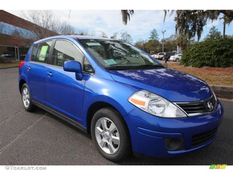 blue nissan versa metallic blue 2012 nissan versa 1 8 s hatchback exterior