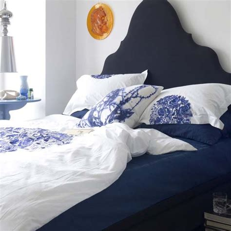 blue and white bedroom paisleypeacockandpaneer blue and white bedroom inspiration