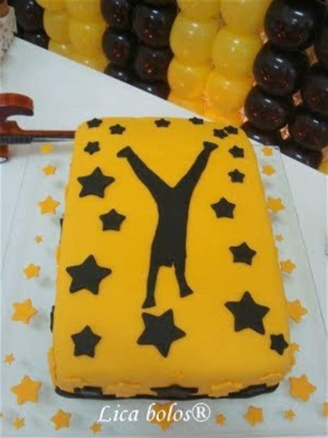 decorar bolo quadrado lica bolos ensinando e aprendendo como cobrir e decorar