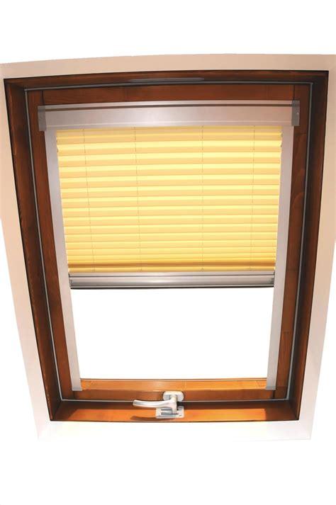 dachfenster plissee dachfenster plissee aus technischem gewebe luxin