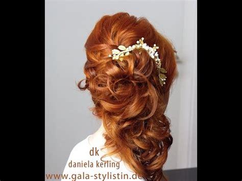 Brautfrisur Lange Haare Halboffen Locken by Asymmetrische Seitliche Brautfrisur Mit Locken Halboffen