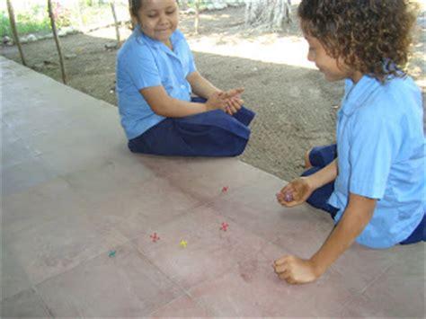 imagenes de niños jugando matatena garita palmera