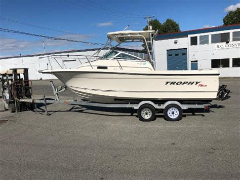 bayliner boats good or bad dual console boats the good the bad and the ugly