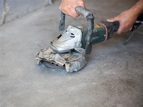 Concrete Floor Tools by How To Apply An Acid Stain Look To Concrete Flooring How