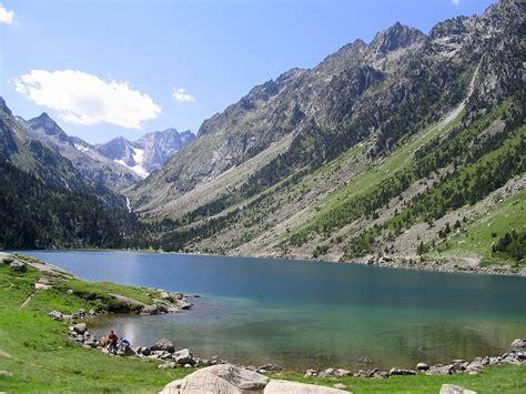 La Lago by Lac De Gaube Wikip 233 Dia