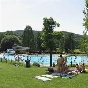 bad orb schwimmbad naturerlebnis freibad schwimmhalle freibad am