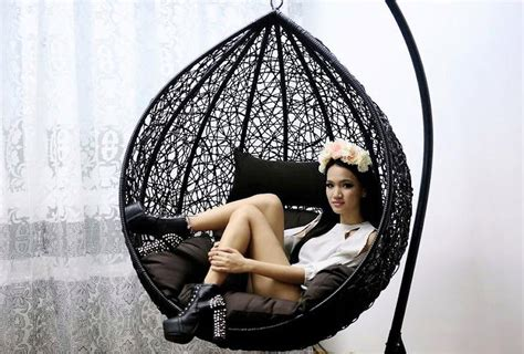 Lipstik Garland Lim Heels Bell Sleeves Diy Garland