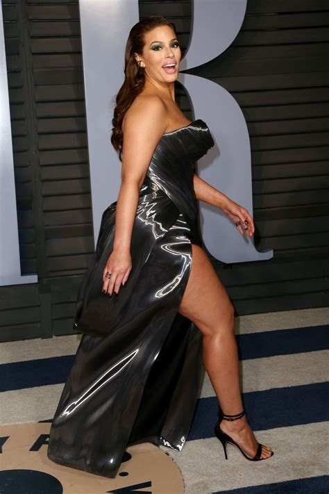 Vanity World Ashley Graham Photo 470 Of 543 Pics Wallpaper Photo