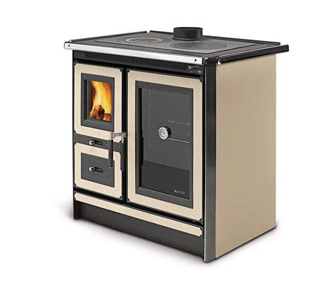 stufe a legna per cucinare cucina a legna italy la nordica extraflame