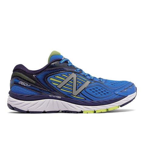 shoes that run wide the new balance 860 v7 in blue for 4e width at