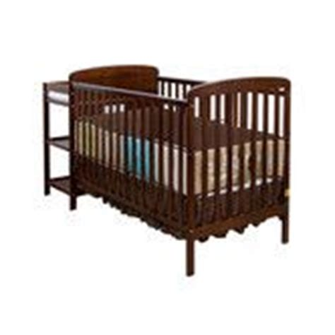 Simplicity Changing Table Simplicity 4 In 1 Convertible Crib N Changer Combo Convertible Crib With Changing