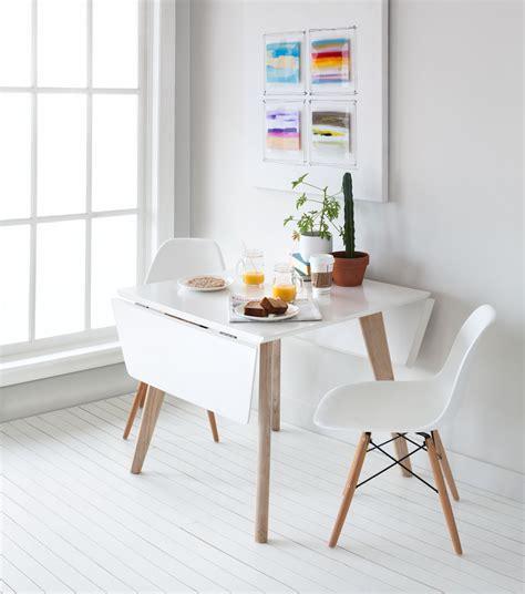 Table De Dç Jeuner Au Lit Indogate Petits Espaces De Cuisine Moderne Tables
