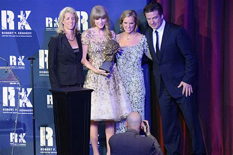 biography of taylor swift family image gallery swift family