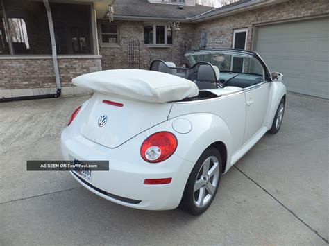 volkswagen convertible white 2007 vw beetle convertible rare white on white