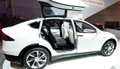 Tesla Wing Doors Tesla Model X Falcon Wing Doors Featured At Ces 2014