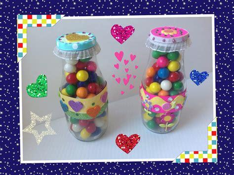 dulceros para el dia del nino dulcero colorido con botella reciclada para el dia del