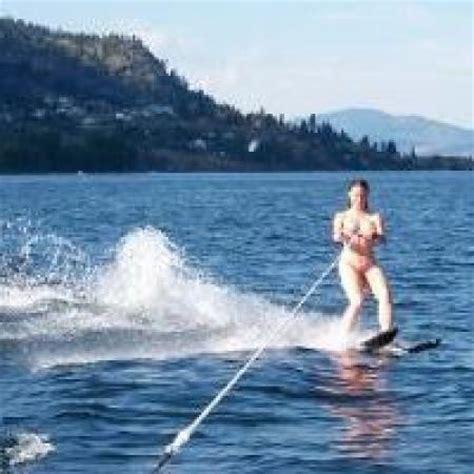 Naked Water Skiing Hot Girls Wallpaper