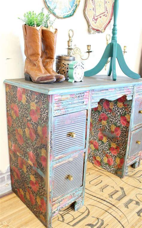 Decoupage Desk - how to decoupage a desk refunk my junk decoupage