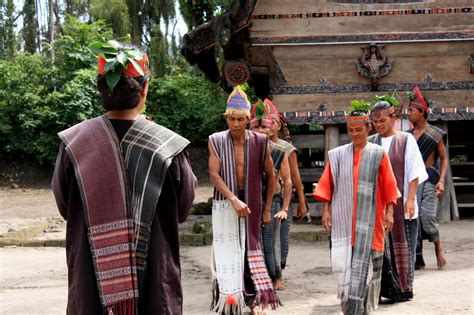 Kamus Bahasa Batak Toba Indonesia Indonesia Batak Toba samosir island the ancient land of batak sumatra