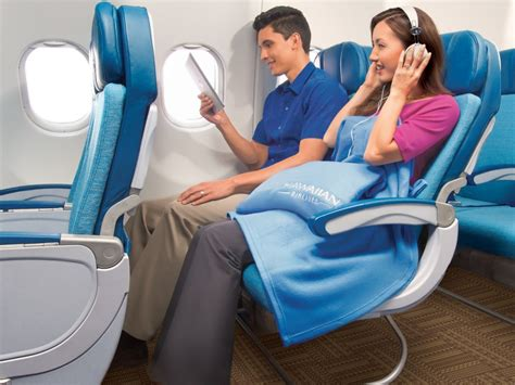 Hawaiian Airlines Comfort Seats by Hawaiian Airlines To Launch Roomier Seats With Power