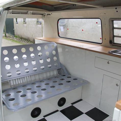 volkswagen kombi interior 17 mejores ideas sobre kombi interior en vw