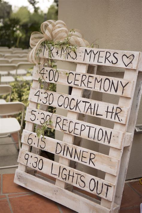 1000  ideas about Pallet Wedding on Pinterest   Country