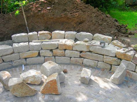 natursteinmauer bauen traumgarten