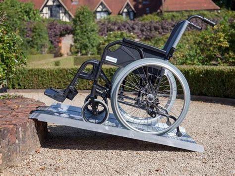 pedane per carrozzine disabili re per disabili ravenna imola pedane scivoli modulari