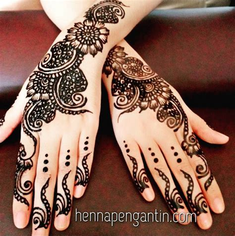 tato henna di tangan simple henna tangan yg simple makedes