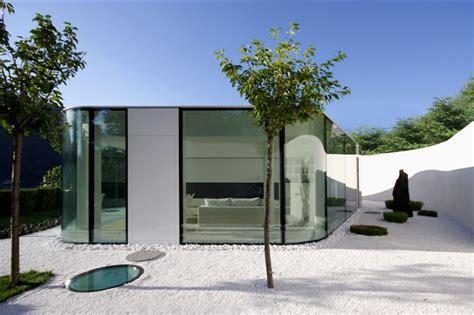 Maison En Verre by Maison En Verre Avec Un Jardin Japonais Lugano House