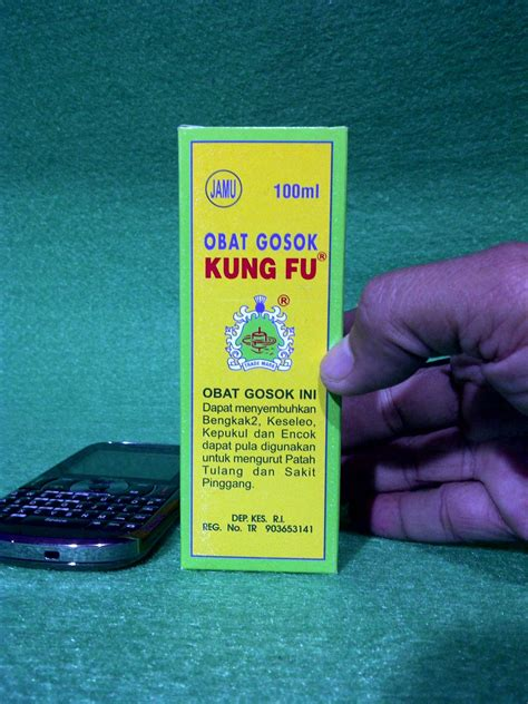 Obat Minyak Gosok Dewi Bulan jadul quot toko pakan quot obat obatan import