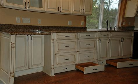 toe kick kitchen cabinets kitchen cabinet toe kick ideas video and photos