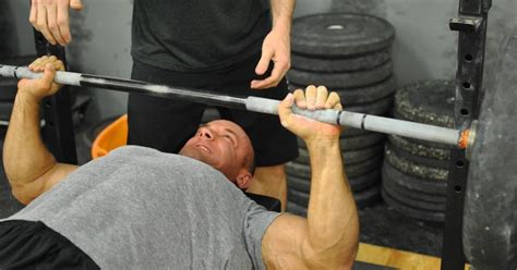 most bench press ever the bench press is a pull 5 cues you might be missing