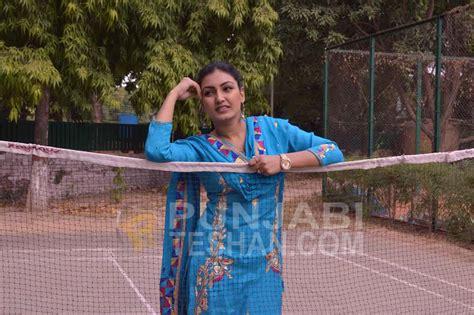 Gal Chakvi Anmol Gagan Maan Anmol Gagan Maan Pictures Images Page 6