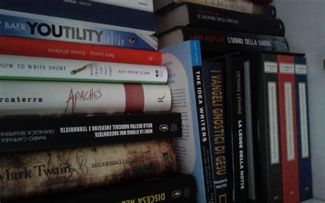 compro horror testo perch 233 compro libri in modo compulsivo
