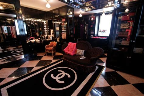 coco chanel themed bedroom chanel themed bedroom chanel themed closet purseforum coco chanel inspired
