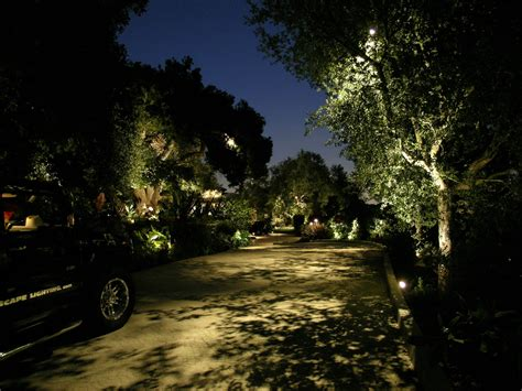 Vista Led Landscape Lights Beverly Park Landscape Lighting By Artistic Illumination
