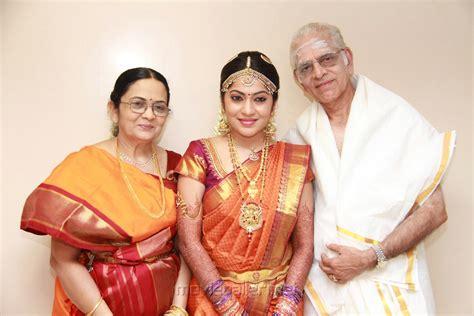 vijay tv dd marriage dd tamil anchor newhairstylesformen2014 com