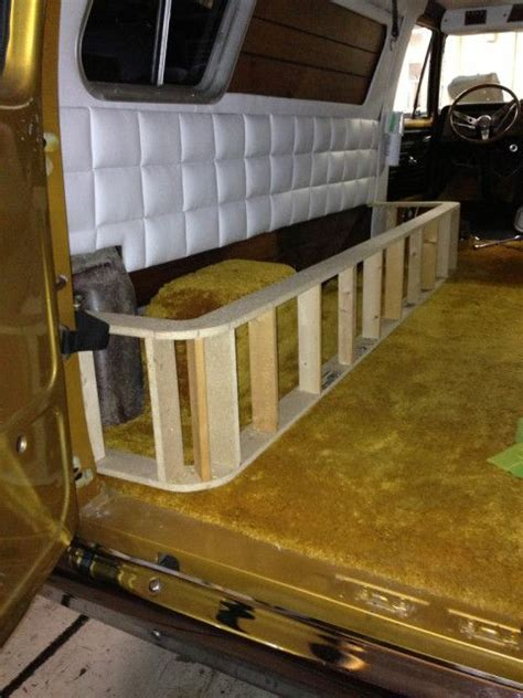 wrap around bench seating 191 best images about van ideas on pinterest vw t5