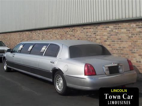 town car rental 8 seater limousine hire in cardiff barry and south wales