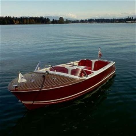 wooden boats on lake tapps living lake tapps lake - Lake Tapps Boats