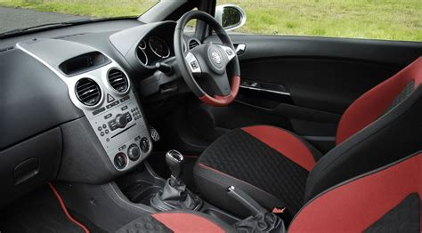 opel corsa 2009 interior vauxhall corsa 1 6 sri 2007 review car magazine